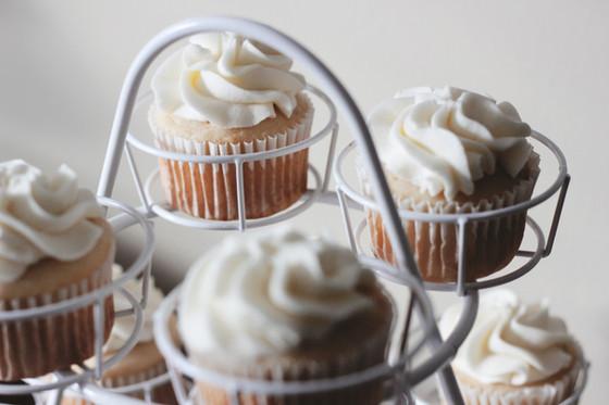 Can eating sugary carbs make us look older?