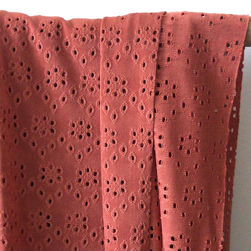 Maille broderie anglaise Bois de Rose