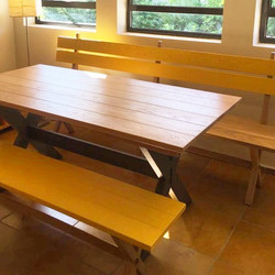 The dining table and benches are done_Th