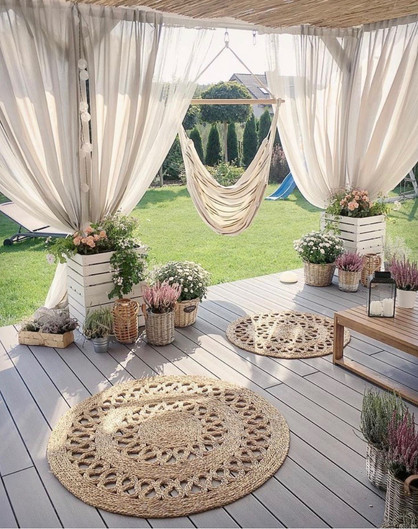 Key Decoration Tips to Revamp your outdoor living space