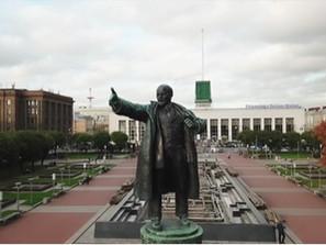 Good Bye Lenin? – Die Oktoberrevolution sucht ihre Erben