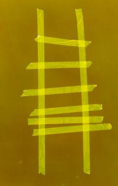 Sechssprossige Leiter auf Braun.jpg