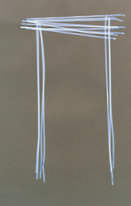 Schmaler blauer Tisch.jpg