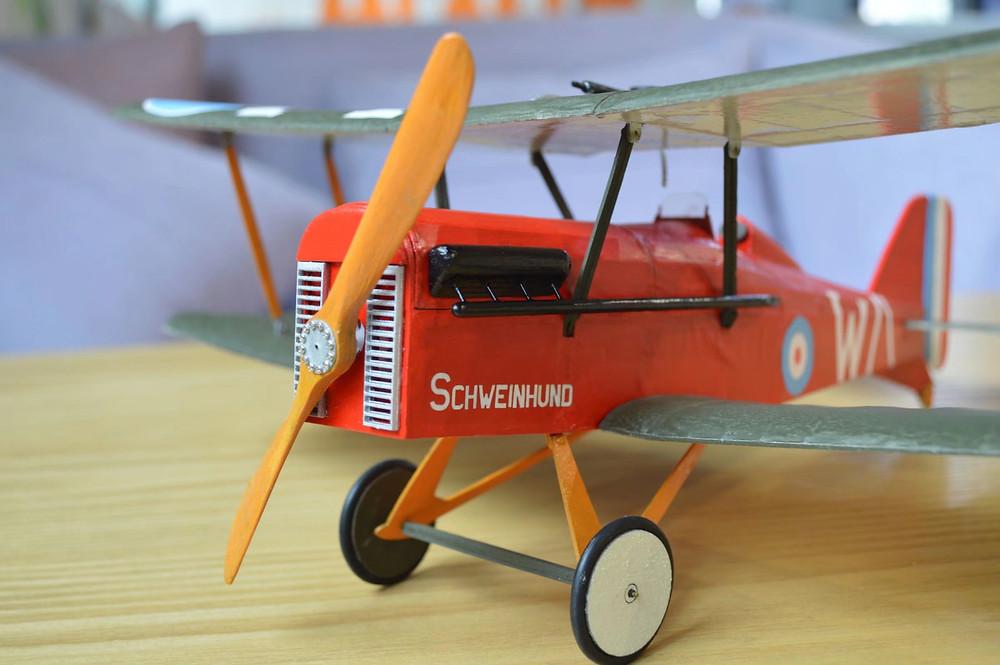 slow flyer selber bauen, balsa holz bausatz, balsa baukasten, holzbausatz, se5a, sopwith camel, detailgetreu modellflugzeug, kleines flugzeug, micro holz flugzeug