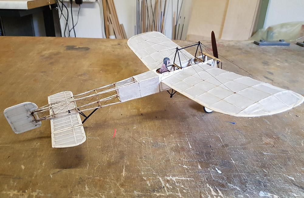 Slowflyer Baukasten, Slowflyer Bausatz, Holzbausatz Modellflugzeug, Holzbaukasten Modellflugzeug, Holzbaukasten Modellflieger, Balsabausatz Flugzeugmodell, Lasercut Bausatz Flugzeugmodell