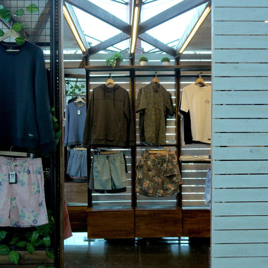 Tienda Froens - Pop Up - Mall Sport.