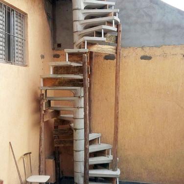 Escada Caracol 70cm