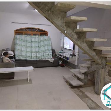 Escada Viga Central em U Suspensa de 80cm