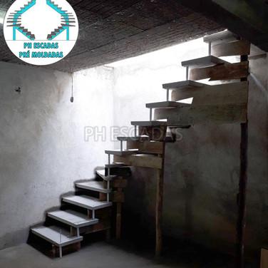 Escada em L de 80cm