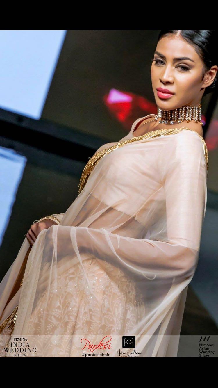 Chikan Kari Lengha
