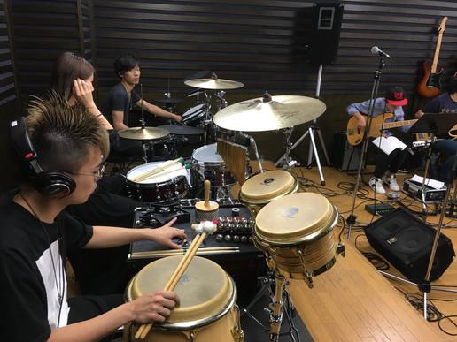 練習風景(バックバンド)