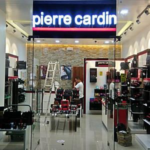 Pierre Cardin Stores