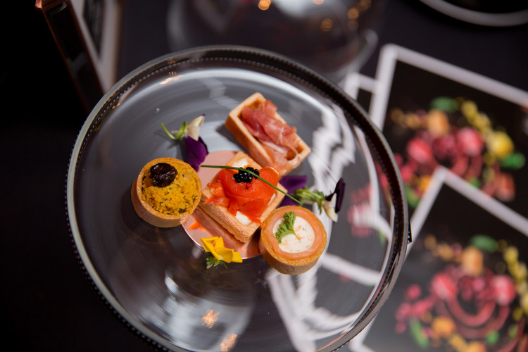 Page-7-Photography-Michelin-Guide-Great-