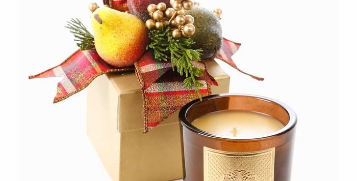 Della Robia Fall Gift Box Candle