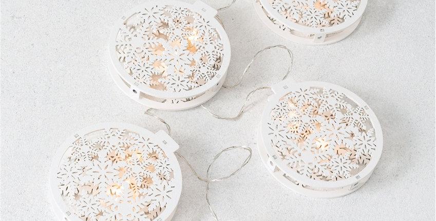 LED Snowflake Garland
