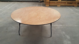 6ft round wooden table