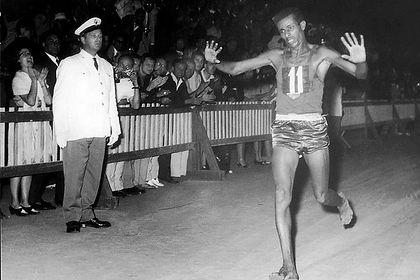 Abebe bikila podcast jeux olympiques.jpg