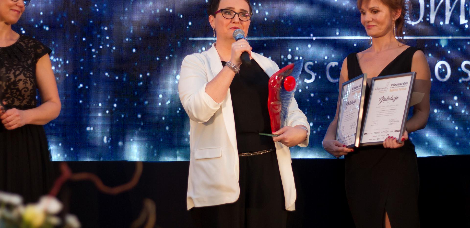 laureatka w debiutach 2019 KT.jpg