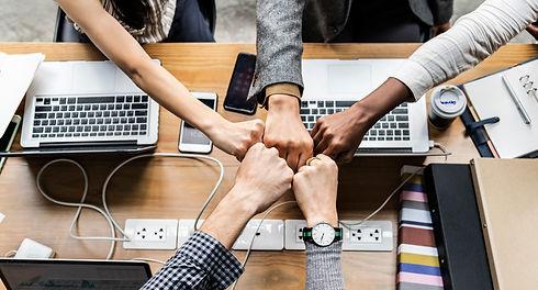 team-building-teamwork-technology-togeth