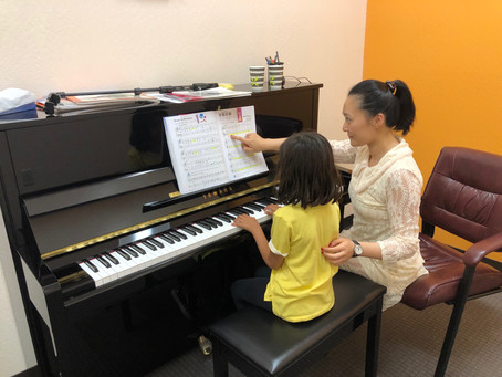 First guides for children to learn piano