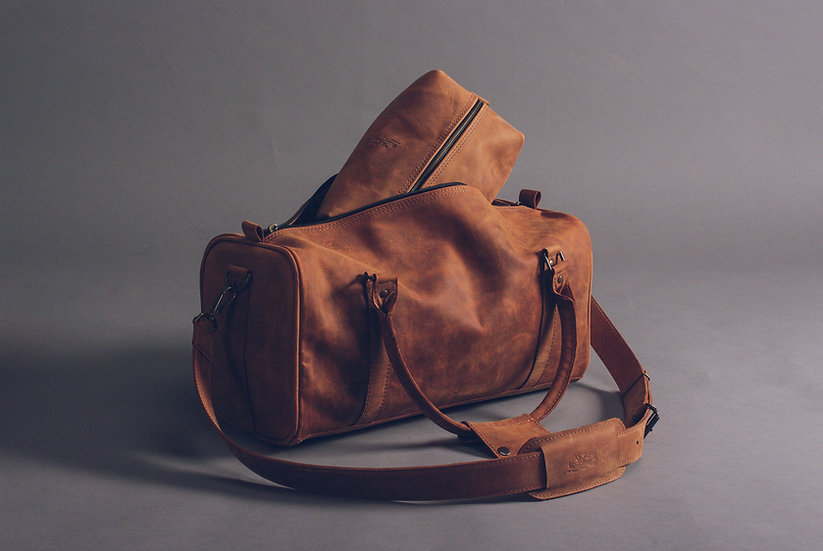 Kit of Leather Travel Bags / Leather Duffle Bag / Leather Cosmetic bag