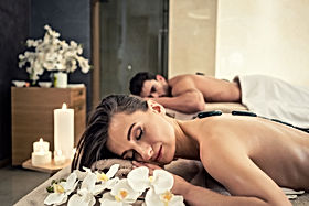 bigstock-Young-couple-relaxing-under-th-