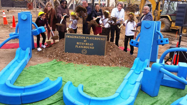 CM Mealy @ Brownsville Imagination Playground