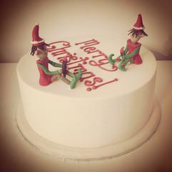 Elves Chrstmas Message Cake