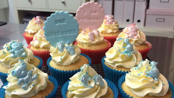 Baby Announcement Cupcakes