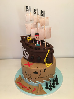 Two Teired Pirate Ship Cake