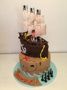 Two Teired Pirate Ship Cake