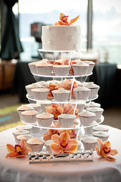 Rich Bailey Cupcake Tower - Snowflakes W