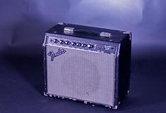 Гитарный комбо Fender Frontman 25R.png