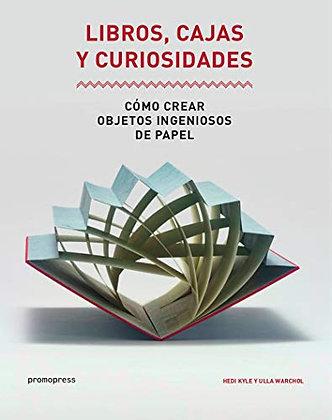 Libros cajas y curiosidades