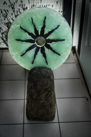 Glasdeko aus recyclingglas und Stein, indoor /outdoor