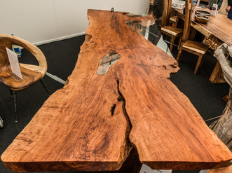 Tisch Lycheeholz mit Glaseinsatz