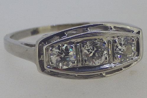 14CT 3 STONE DIAMOND RING