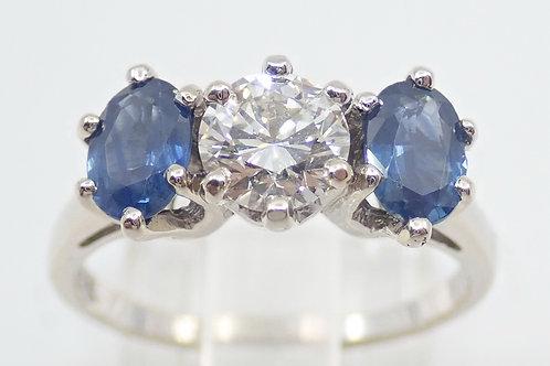 14CT SAPPHIRE & DIAMOND RING