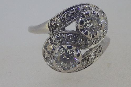 14CT 2 DIAMOND CROSS OVER RING
