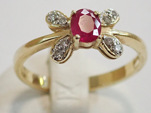 14CT RUBY & DIAMOND RING