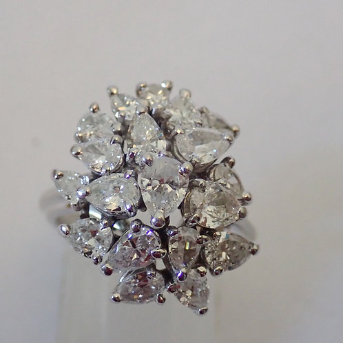 14CT DIAMOND CLUSTER RING