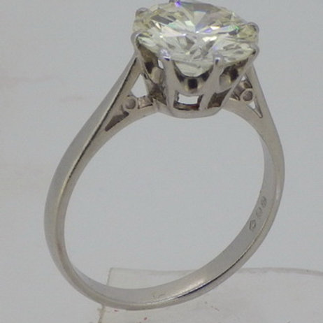 DIAMOND SOLITAIRE RING 2.80 CARATS