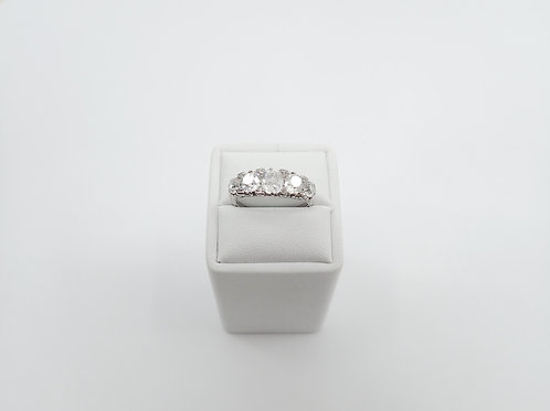 5 STONE DIAMOND RING PLATINUM