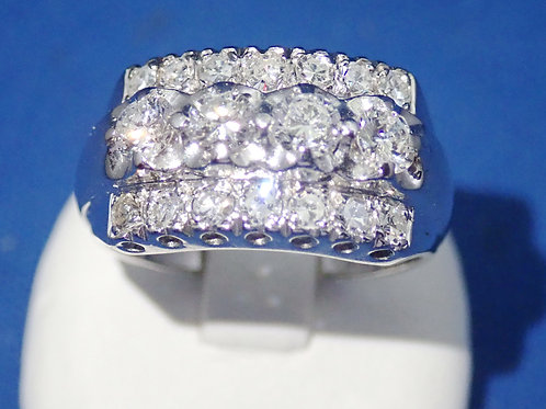 14CT WHITE GOLD LADIES RING