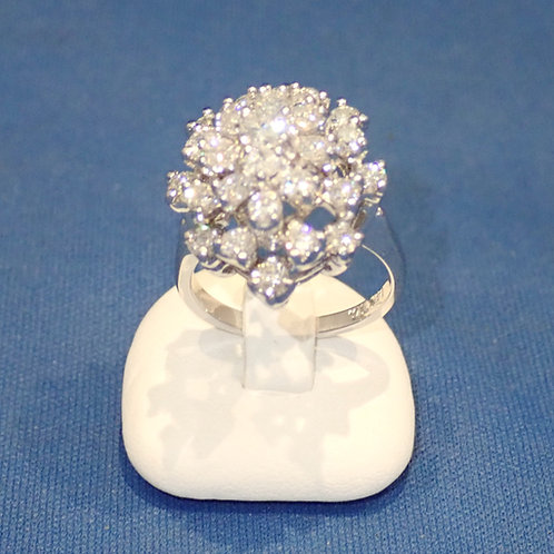 14CT W/G DIAMOND COCKTAIL RING
