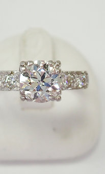 PLATINUM 1.10CT DIAMOND RING