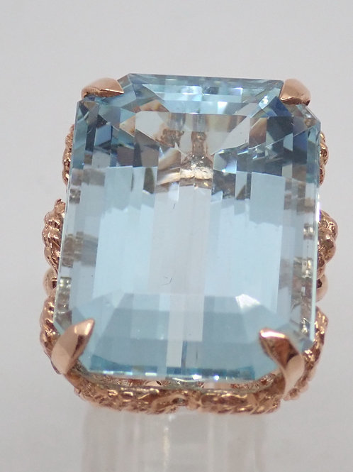14CT 23CARAT AQUAMARINE RING