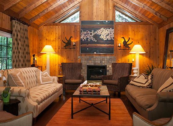 harmony ridge lodge inside lodge.jpg