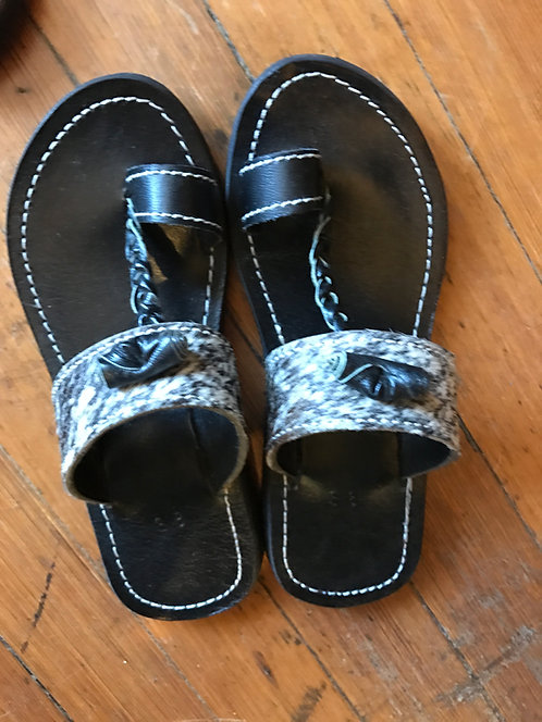 Mizizi Sandals