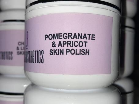 Brand new!!!! You need this in your life! Amazing new face polish x